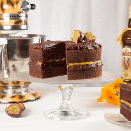 Choklad- & tryffeltårta med passionscurd med Amarula Cream | Foto: Michael Krantz